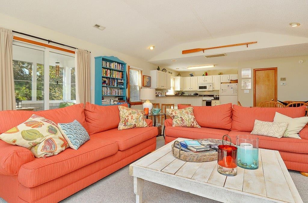 Leeward_Inn_Living room3_Southern Shores_OBX